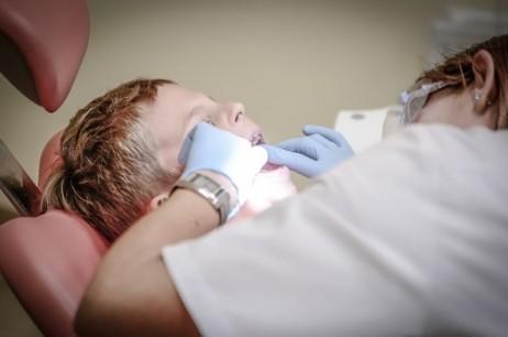 Che cosa fare se il bambino ha paura del dentista
